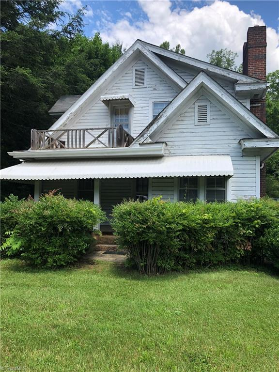 5560 W Pine Street, Mount Airy, NC 27030 (MLS #915037) :: Lewis & Clark, Realtors®