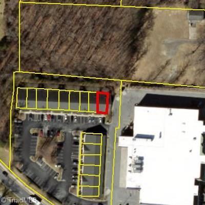 4915 Piedmont Parkway #109, Jamestown, NC 27282 (MLS #916102) :: Lewis & Clark, Realtors®