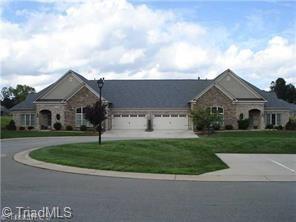 4008 Putters Circle, Greensboro, NC 27406 (MLS #924838) :: HergGroup Carolinas