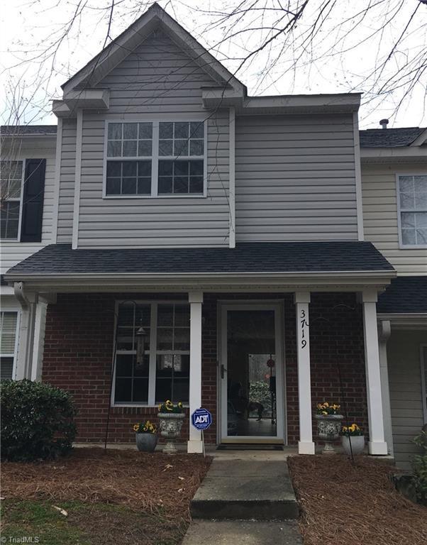 3719 Winborne Lane, Greensboro, NC 27410 (MLS #924873) :: Kristi Idol with RE/MAX Preferred Properties