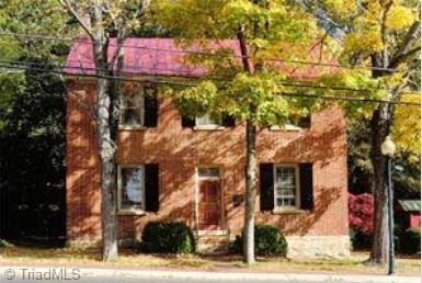 284 S Main Street, Mocksville, NC 27028 (MLS #924986) :: Kristi Idol with RE/MAX Preferred Properties