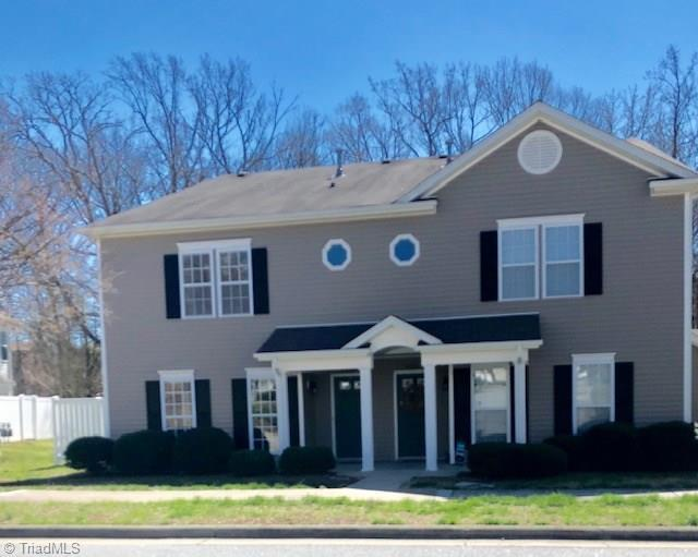 4105 Mcconnell Drive, Kernersville, NC 27284 (MLS #924999) :: Kristi Idol with RE/MAX Preferred Properties