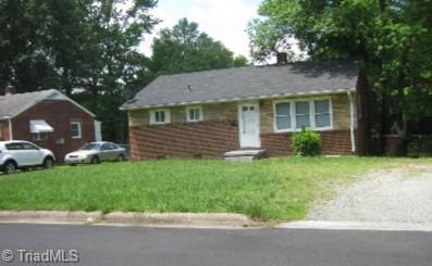704 Abington Drive, Greensboro, NC 27401 (MLS #925112) :: Team Nicholson