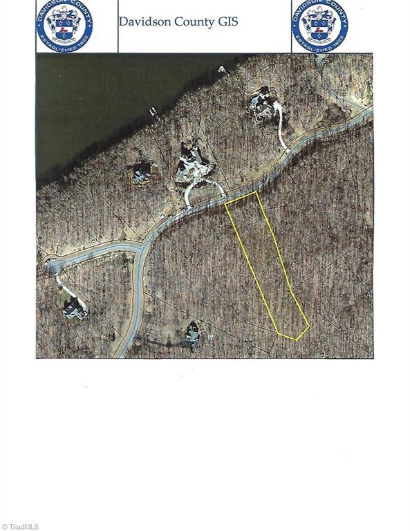 1423 Rocky Cove Lane, Denton, NC 27239 (MLS #925192) :: Kristi Idol with RE/MAX Preferred Properties