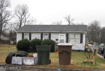 1125 Easton Road, Greensboro, NC 27405 (MLS #925249) :: Team Nicholson