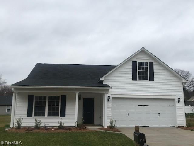 173 Konnoak Village Circle, Winston Salem, NC 27127 (MLS #925702) :: Berkshire Hathaway HomeServices Carolinas Realty