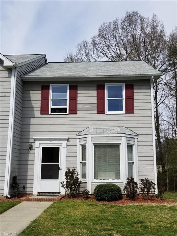 1017 Glendale Drive, Greensboro, NC 27406 (MLS #925752) :: Kristi Idol with RE/MAX Preferred Properties