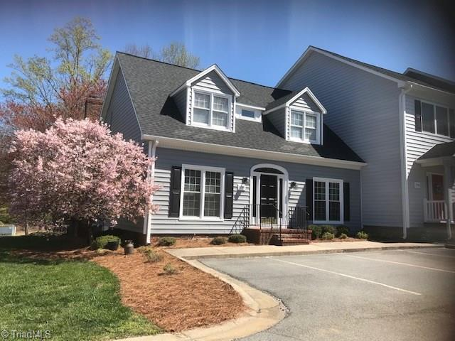 3748 Cardinal Downs Drive, Greensboro, NC 27410 (MLS #926360) :: Kristi Idol with RE/MAX Preferred Properties