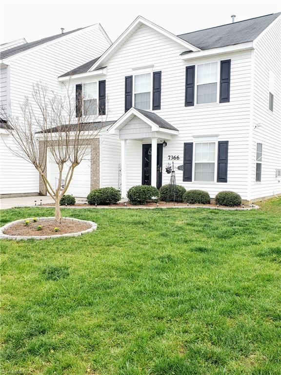 7366 Colleen Park Drive, Whitsett, NC 27377 (MLS #927146) :: Kristi Idol with RE/MAX Preferred Properties