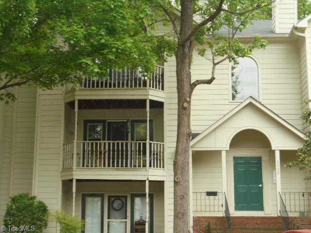 5928 W Friendly Avenue M, Greensboro, NC 27410 (MLS #930174) :: HergGroup Carolinas