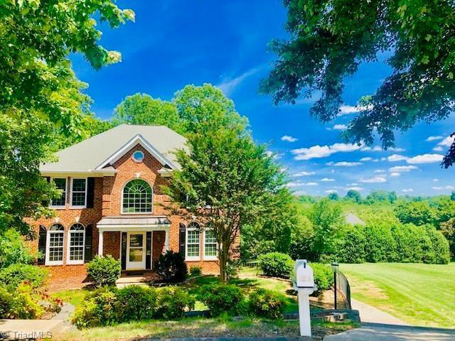 1645 Slane Road, Clemmons, NC 27012 (MLS #931171) :: Kristi Idol with RE/MAX Preferred Properties