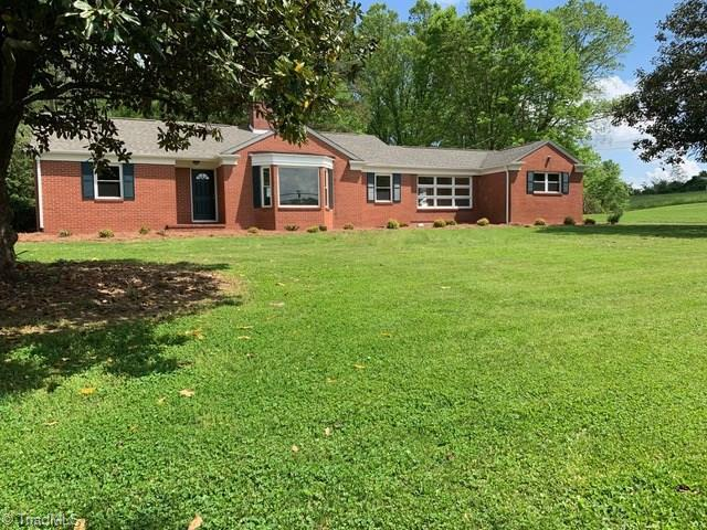 113 Tryon Lane, Mount Airy, NC 27030 (MLS #931238) :: Lewis & Clark, Realtors®
