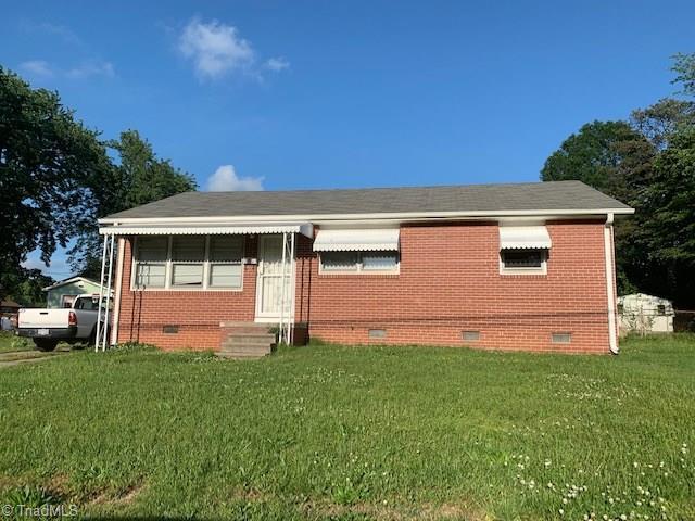 2209 Kersey Street, Greensboro, NC 27406 (MLS #931673) :: HergGroup Carolinas