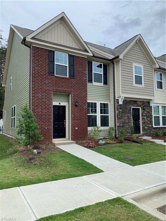 1093 Kenross Drive, Burlington, NC 27215 (MLS #931907) :: HergGroup Carolinas