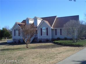 6634 Rayle Farm Court, Pleasant Garden, NC 27313 (MLS #932315) :: Lewis & Clark, Realtors®