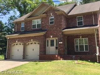 4 Robinhood Circle, Winston Salem, NC 27106 (MLS #932674) :: Kristi Idol with RE/MAX Preferred Properties