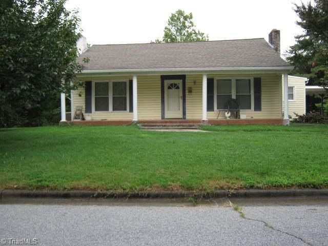 1401 Forrest Street, High Point, NC 27262 (MLS #934372) :: Kim Diop Realty Group