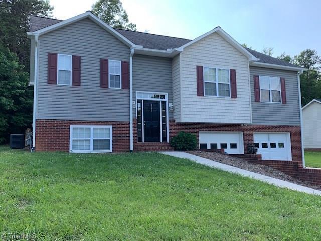 167 Elisha Creek Drive, Mocksville, NC 27028 (MLS #936820) :: Kim Diop Realty Group