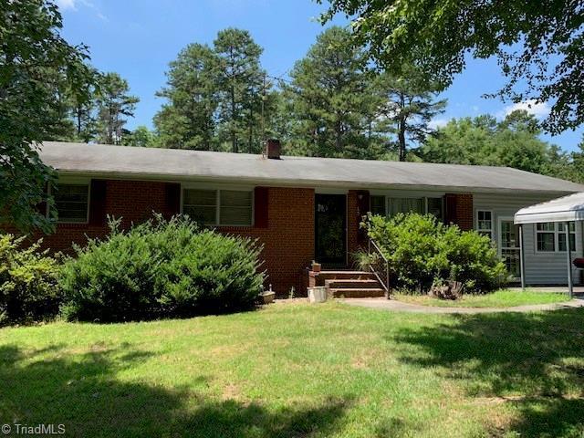 144 Green Grass Road, Mocksville, NC 27028 (MLS #939513) :: Lewis & Clark, Realtors®