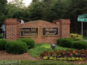 2285 Willow Bend Drive, Kernersville, NC 27284 (MLS #940228) :: Ward & Ward Properties, LLC