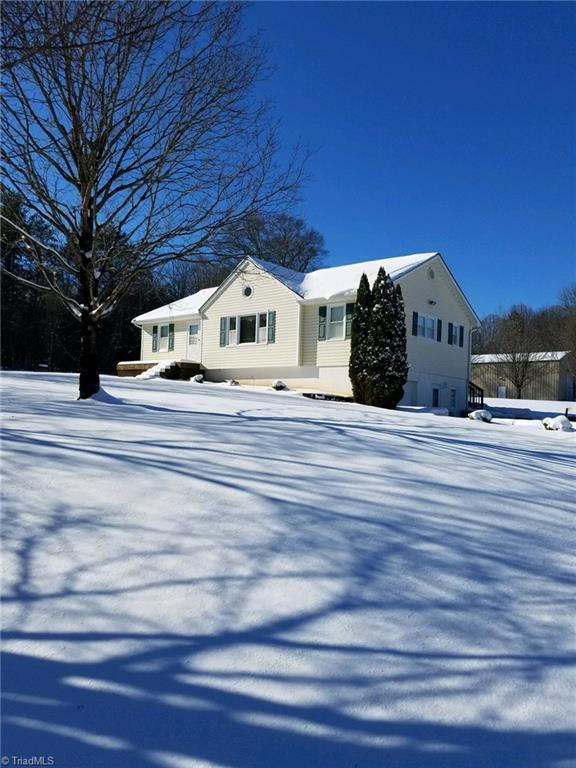1164 County Home Road, Mocksville, NC 27028 (MLS #940973) :: Lewis & Clark, Realtors®