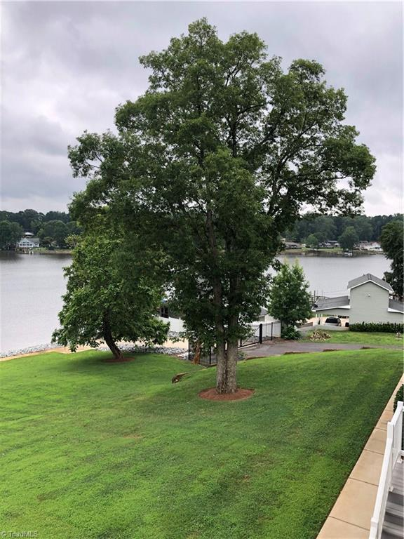 150 Rivers Edge Place K, Lexington, NC 27292 (MLS #941869) :: Berkshire Hathaway HomeServices Carolinas Realty