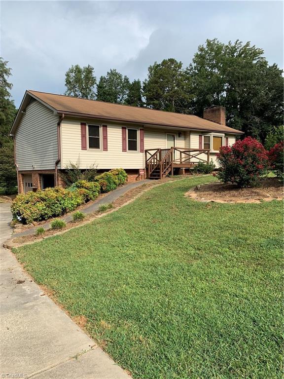 2791 Shober Court, Winston Salem, NC 27127 (MLS #944450) :: Ward & Ward Properties, LLC