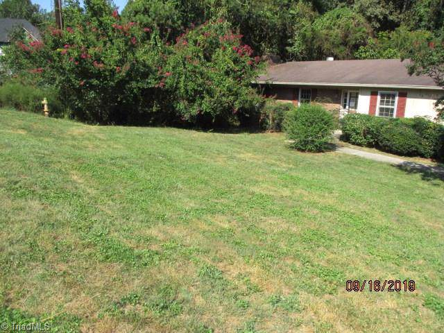 3939 Beacon Drive, Winston Salem, NC 27106 (MLS #950152) :: Kim Diop Realty Group