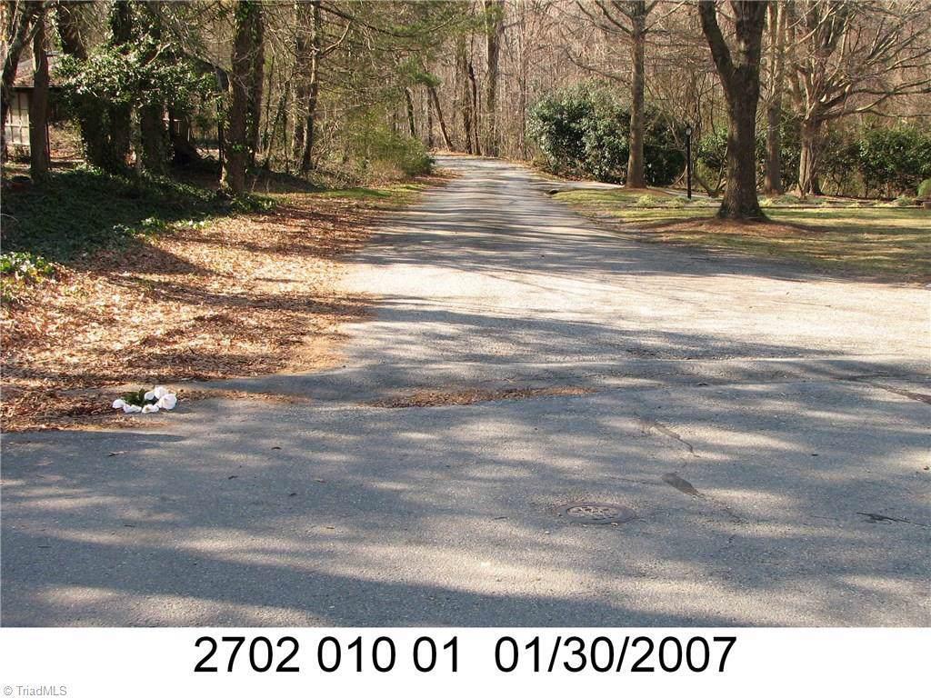 412 Elmwood Drive - Photo 1