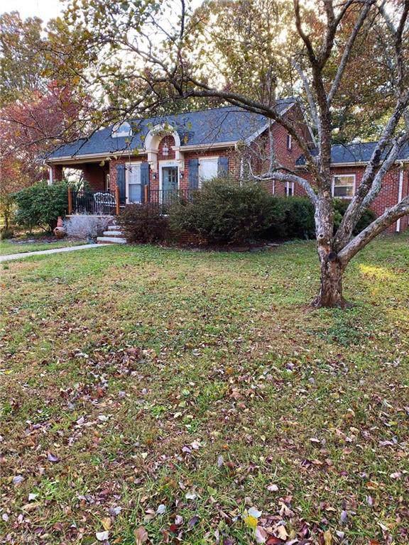 1505 Courtland Avenue, Reidsville, NC 27320 (MLS #957185) :: Ward & Ward Properties, LLC
