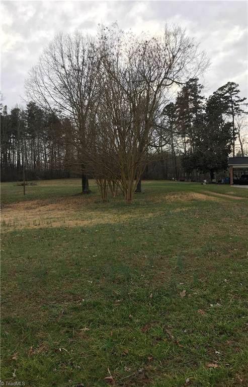 5106 Mockingbird Road, Greensboro, NC 27406 (MLS #962327) :: Greta Frye & Associates | KW Realty Elite