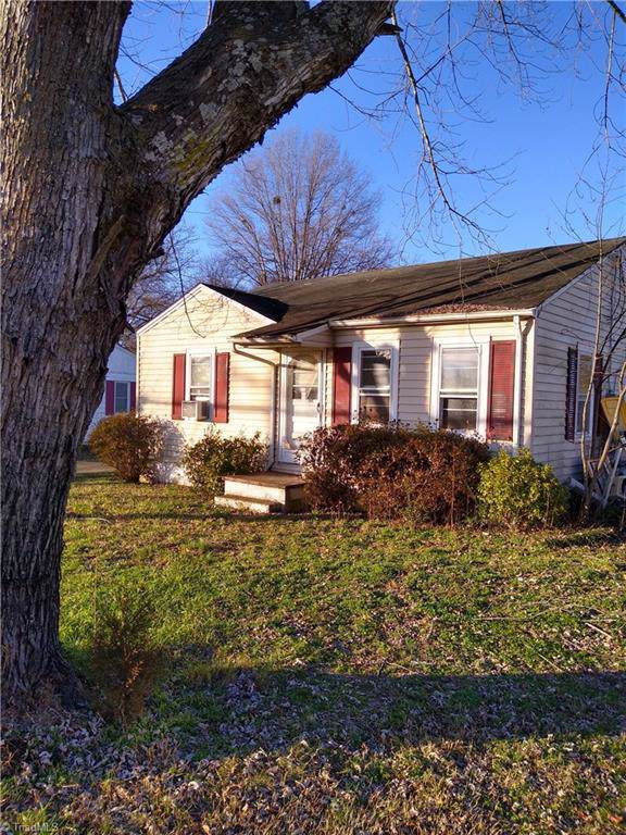 609 Main Street, Boonville, NC 27011 (MLS #962634) :: RE/MAX Impact Realty