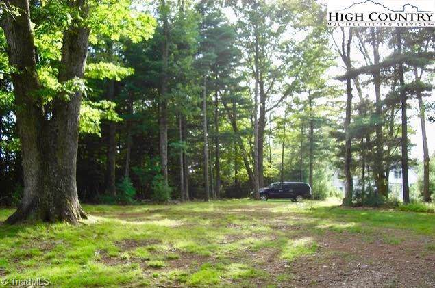 Troon Avenue Lot 156, Roaring Gap, NC 28668 (MLS #963649) :: Berkshire Hathaway HomeServices Carolinas Realty