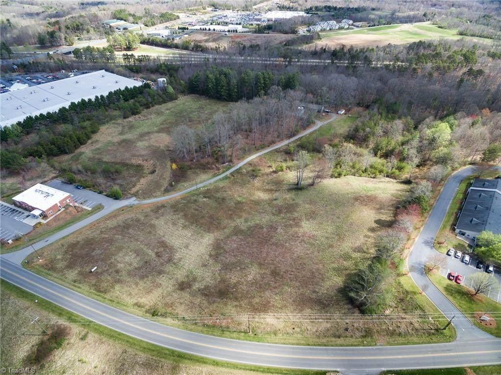 000 Johnson Ridge Road - Photo 1