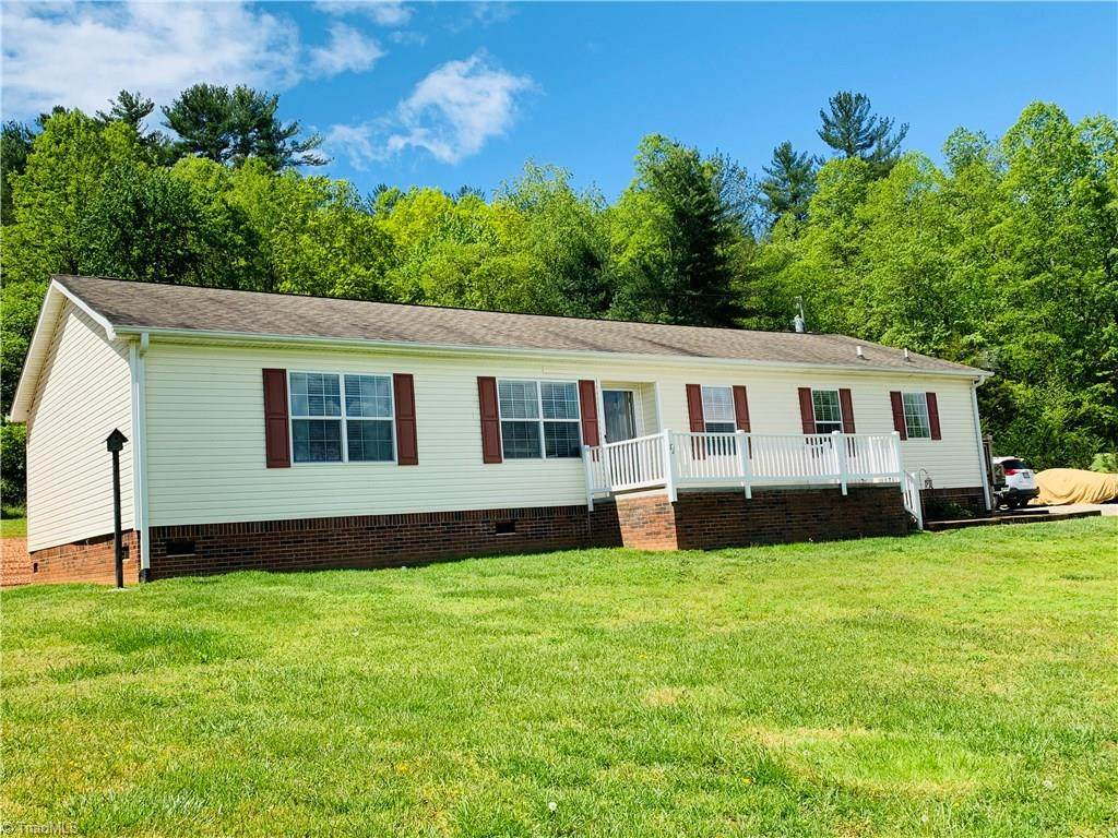 2325 Boiling Springs Road - Photo 1