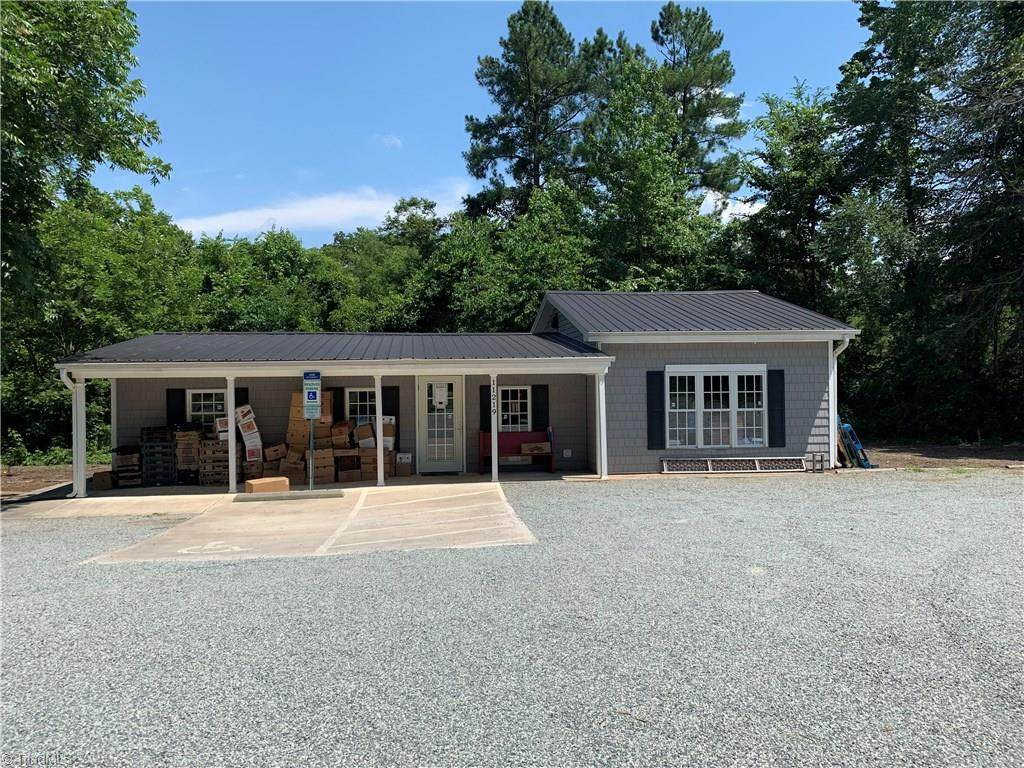 11219 Nc Highway 8 - Photo 1