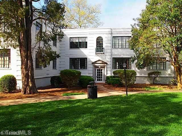 1700 Elm Street K3, Greensboro, NC 27408 (MLS #977764) :: Berkshire Hathaway HomeServices Carolinas Realty
