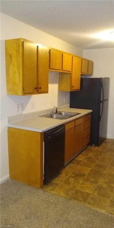 102 Terrace Trace Court #112, Archdale, NC 27263 (MLS #978045) :: Ward & Ward Properties, LLC