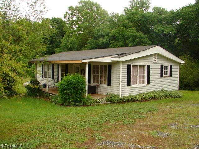 6878 Royal Ridge Road, Ramseur, NC 27316 (MLS #979436) :: Team Nicholson