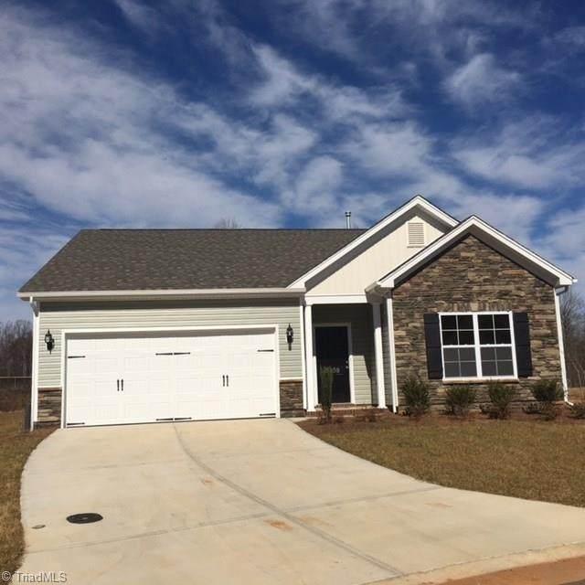 5123 Foxworth Drive #30, Greensboro, NC 27406 (MLS #980582) :: Ward & Ward Properties, LLC