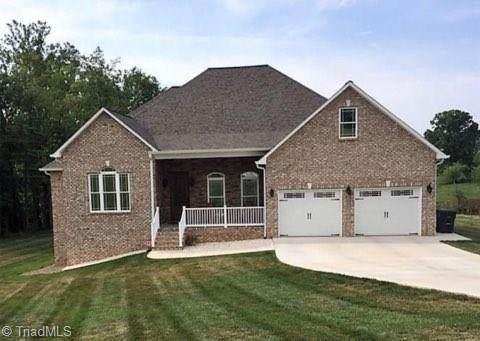 336 Peterson Pond Drive, Wilkesboro, NC 28697 (MLS #980898) :: Ward & Ward Properties, LLC