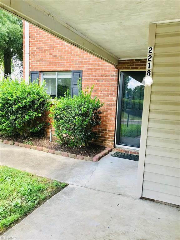 2218 Shadow Valley Road, High Point, NC 27265 (MLS #985622) :: Ward & Ward Properties, LLC