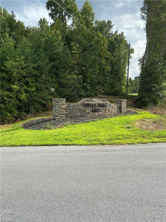 Lot 11 Pipers Ridge East, Winston Salem, NC 27127 (MLS #991737) :: Berkshire Hathaway HomeServices Carolinas Realty