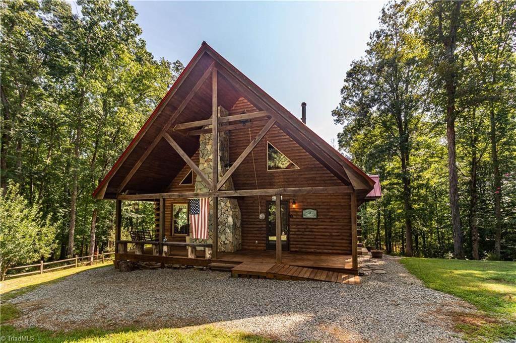 700 Beaver Lodge Lane - Photo 1