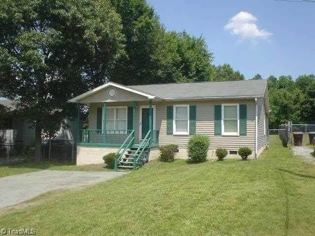 303 Franklin Boulevard, Greensboro, NC 27401 (MLS #994390) :: Greta Frye & Associates | KW Realty Elite