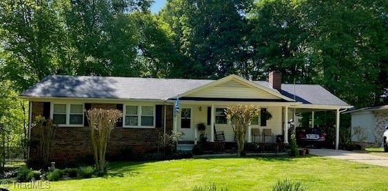 332 Foxcroft Drive, Winston Salem, NC 27103 (MLS #1022190) :: Lewis & Clark, Realtors®