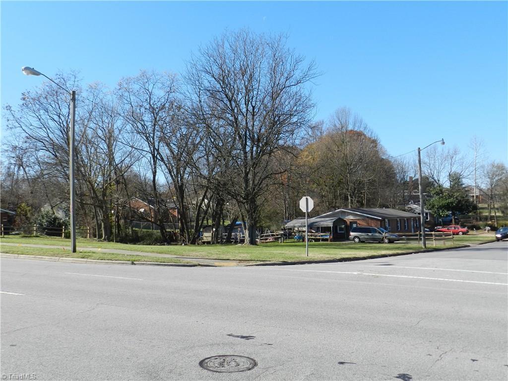 401 Craig Street - Photo 1