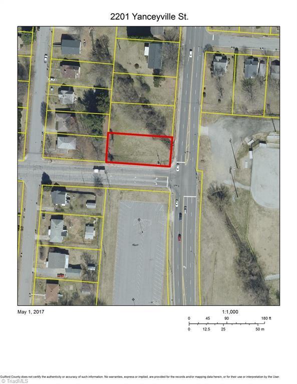 2201 Yanceyville Street, Greensboro, NC 27405 (MLS #832733) :: Lewis & Clark, Realtors®