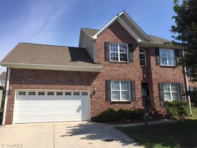 6683 Knob Hill Court, Clemmons, NC 27012 (MLS #845277) :: Banner Real Estate