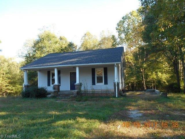 2182 Us Highway 311, Madison, NC 27025 (MLS #854779) :: Banner Real Estate